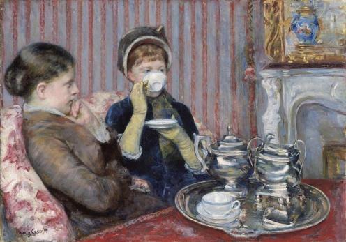 Tea by Mary Cassatt, 1880, oil on canvas, 25½ × 36¼ in., Museum of Fine Arts, Boston